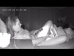 Hidden Cam High School Teen Horny Slut Masturba...