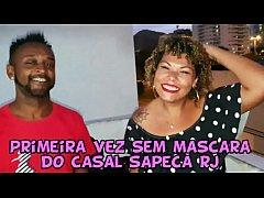 Casal Sapeca Rj decide retirar a mascara no mei...
