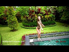 thumb beautifulbabefu ckedasstomouthneartheoutdoorpo eartheoutdoorpoolmiabandini