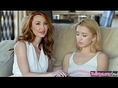 Ginger milf (Kendra James) shows cute blonde (A...