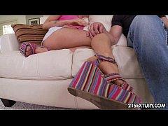 Karla Kush - Footsie Babes
