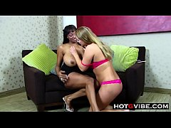 Lesbians Black Chick and White Girl HOT