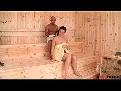Incredibly horny sauna babe Paige Turnah fucks ...