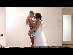 Big Booty Lesbian Friends August Ames and Abell...