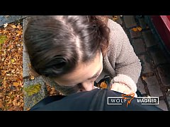 Deutscher Lauch: PUBLIC BLOWJOB & MILF-Fick LIZ...