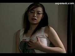 2 Asian Girls Getting Observed Having Orgasm Wh...