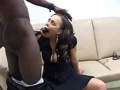 Big bulbous ebony babe gets freaky with her bla...