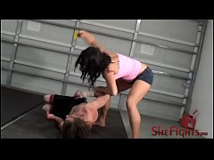 Barefisted Barefoot Bloody Beatdown - Fighter M...