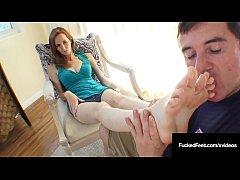 Southern Cali Girl Dee Dee Lynn Strokes A Cock ...