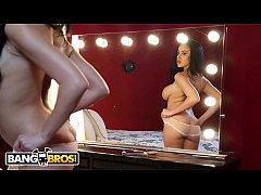 BANGBROS - Victoria June Takes Advantage Of Cha...