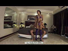 Teenage Thai stripper can hardly handle this bi...