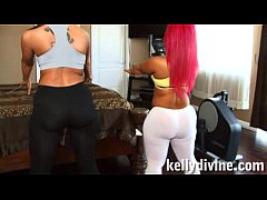 PiNky & KellY Divine threesome