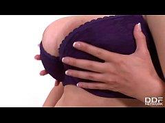 Busty Legends Carol & Vanessa enjoy Big Titty L...