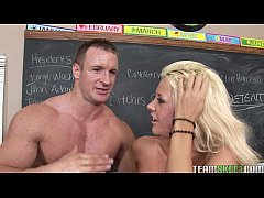 InnocentHigh Courtney Taylor blonde college sch...