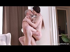 X-Angels.com - Ariana Shaine - Sweet Smile Hide...