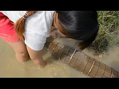Lady Fishing - Belle Fille Pêche - Khmer Net Fi...