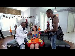 Trickery - Ivy Lebelle Double Penetrated By Two...
