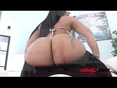 Big booty latina hoe Monica Santiago loves brut...