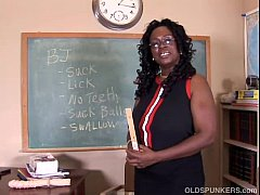 Sexy mature black teacher fucks her juicy pussy...