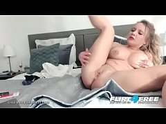 Blonde Teen Slut with Big Tits full Webcam Show...