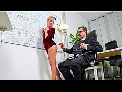 BUMS BUERO - Beauty Victoria Pure hot blowjob a...