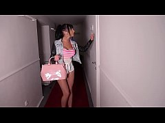 Sexy No-Limits escort Valentina Ricci gets an I...