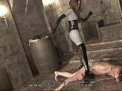 Japanese domina Kira keep kicking slave's body