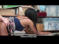 Shoplyfter - Hot Ebony Cutie Sucks Cock To Avoi...