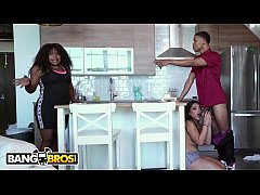BANGBROS - Julz Gotti Lets Her Young Step Broth...