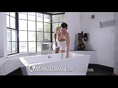 ManRoyale Bryan Cole fucks Nate Stetson after his bath