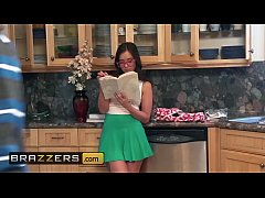 Teens like it BIG - (Gia Paige, Jordi El Nino Polla) - Be More Like Your Stepsister - Brazzers