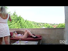 Christen Courtney & Alice private lesbian Rooft...