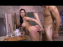 BANGBROS - Big Booty MILF Kendra Lust Taking Di...