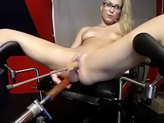 www.girls4cock.com\/Siswet19 — Young blonde smal...