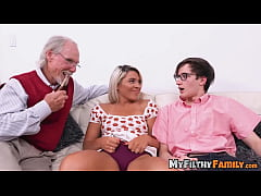 Exotic stepsis Rharri Rhound dicked in old vs y...