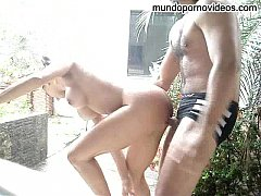 Gladiadora fudendo na chuva  www.pornonacional....
