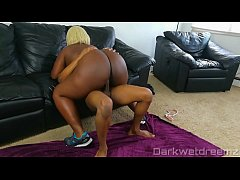 Ebony BBW Bouncing On Pervy Personal Trainers Dick