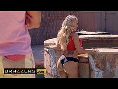 (Olivia Austin, Ricky Johnson) - Poolside Fucki...