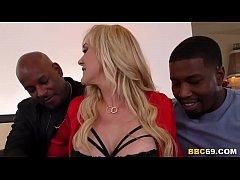 Busty MILF Brandi Love Wants BBC In Her Holes