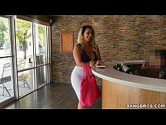 Nina Kayy And The Big Anal Surprise! (hih14794)