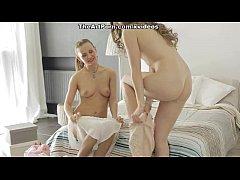 thumb pleasing the lu  sty girls scene 2 2 e 2 2