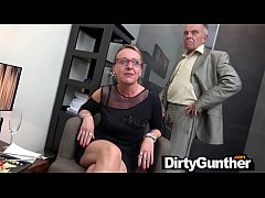 Gunther's Horny Secretaries