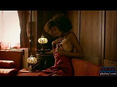 Black Brazilian MILF model Luna Corazon hot posing