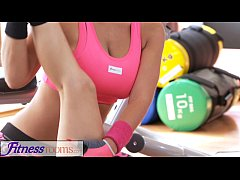 FitnessRooms Personal trainer with huge tits we...
