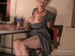 tranny in shiny pantyhose 1