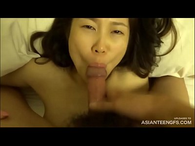 Cheating Korean MILF gets cum in mouth at Seoul hotel