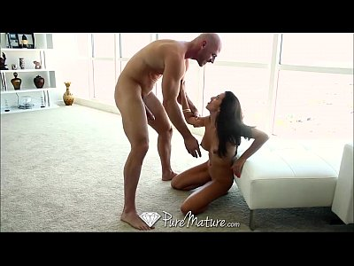 HD - PureMature Sexy latina can't wait to get f...