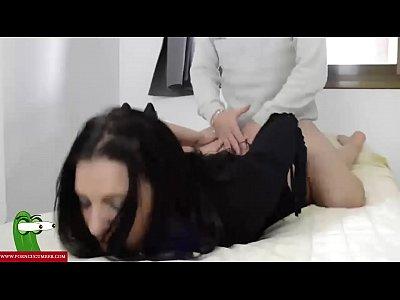 chicas follando con sexo con carin\u0303o con la morena juguetona GUI133