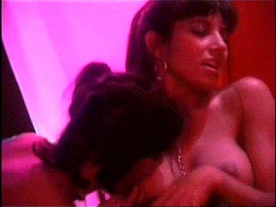 Jazmin Stuart, Monica Ayos, Ileana Calabro, Cogiendo en historias de sexo