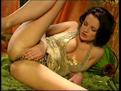 maduras follando con Jane needs Tarzan